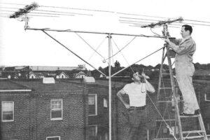 چگونه آنتن تلویزیون را در پشت بام خانه خود نصب کنیم؟